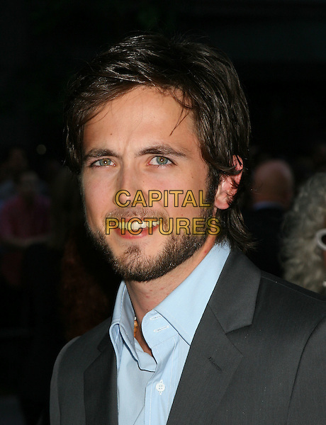 "JUSTIN CHATWIN.""War of the Worlds"" - New York Premiere,.Ziegfeld Theatre New York, NY, USA,.23rd June 2004..portrait headshot beard.Ref: IW.www.capitalpictures.com.sales@capitalpictures.com.©Ian Wilson/Capital Pictures."