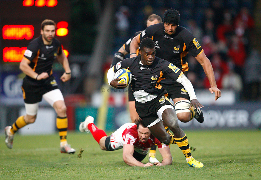 Photo: Richard Lane/Richard Lane Photography. London Wasps v London Welsh. 28/10/2012. Wasps' Christian Wade breaks for his second try.