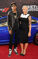WWW.BLUESTAR-IMAGES.COM Recording artist Wiz Khalifa and model Amber Rose arrive at the 'Fast & The Furious 6' - Los Angeles Premiere at Gibson Amphitheatre on May 21, 2013 in Universal City, California..Photo: BlueStar Images/OIC jbm1005  +44 (0)208 445 8588 /©NortePhoto/nortephoto@gmail.com<br />