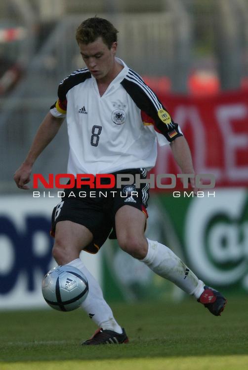 U21 - EM 2004 - Gruppe B<br /> Deutschland vs. Schweiz 2:1<br /> Hanno Balitsch von Deutschland.<br /> Foto &copy; nordphoto - Ruediger Lampe<br /> <br />  *** Local Caption *** Foto ist honorarpflichtig! zzgl. gesetzl. MwSt.<br />  Belegexemplar erforderlich<br /> Adresse: nordphoto<br /> Georg-Reinke-Strasse 1<br /> 49377 Vechta