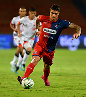 MEDELLÍN-COLOMBIA, 10-10-2019: Adrián Arregui, de Deportivo Independiente Medellín, en acción durante partido de la fecha 16 entre Deportivo Independiente Medellín y Cúcuta Deportivo, por la Liga Águila II 2019, en el estadio Atanasio Girardot de la ciudad de Medellín. / Adrián Arregui, of Deportivo Independiente Medellin, in action, during a match for the 16th date between Deportivo Independiente Medellin and Cucuta Deportivo, for the Aguila Leguaje II 2019 at the Atanasio Girardot stadium in Medellin city. Photos: VizzorImage  / León Monsalve / Cont.