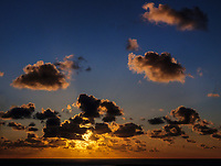 Sonnenaufgang, Blick vom Klippenrandweg nach Osten, Helgoland, Insel Helgoland, Schleswig-Holstein, Deutschland, Europa<br /> sunrise, View from Klippenrandweg eastwards, Helgoland island, district Pinneberg, Schleswig-Holstein, Germany, Europe