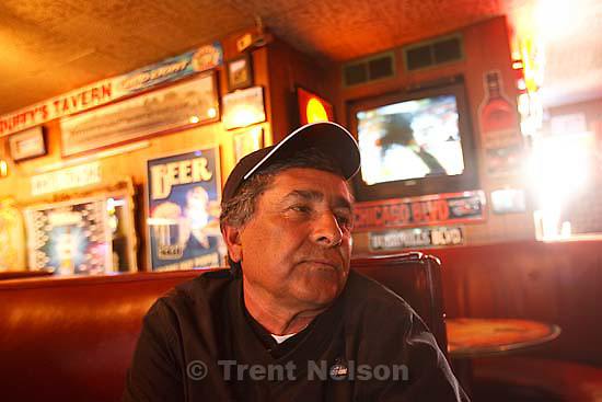 Salt Lake City - Some private clubs are keeping their membership rules despite the new law that does away with requiring member fees. Friday March 27, 2009..al padilla, a regular at Duffy's Tavern.