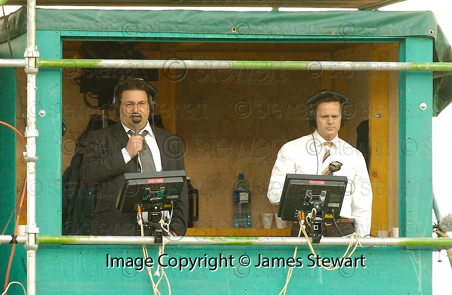 01/10/2006       Copyright Pic: James Stewart.File Name :sct_jspa25_falkirk_v_celtic.SETANTA SPORTS :: IAN CROCKER AND SCOTT BOOTH.....Payments to :.James Stewart Photo Agency 19 Carronlea Drive, Falkirk. FK2 8DN      Vat Reg No. 607 6932 25.Office     : +44 (0)1324 570906     .Mobile   : +44 (0)7721 416997.Fax         : +44 (0)1324 570906.E-mail  :  jim@jspa.co.uk.If you require further information then contact Jim Stewart on any of the numbers above.........