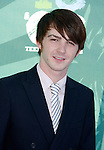 Actor Drake Bell arrives at the 2008 Teen Choice Awards at the Gibson Amphitheater on August 3, 2008 in Universal City, California.