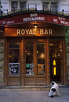 "Europe/France/Ile-de-France/Paris : ""BELLE-EPOQUE"" - ""Royal Bar"" 143 rue Saint-Denis<br /> PHOTO D'ARCHIVES // ARCHIVAL IMAGES<br /> FRANCE 1990"