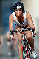 06 AUG 2006 - LONDON, GBR - London Triathlon .(PHOTO (C) NIGEL FARROW)