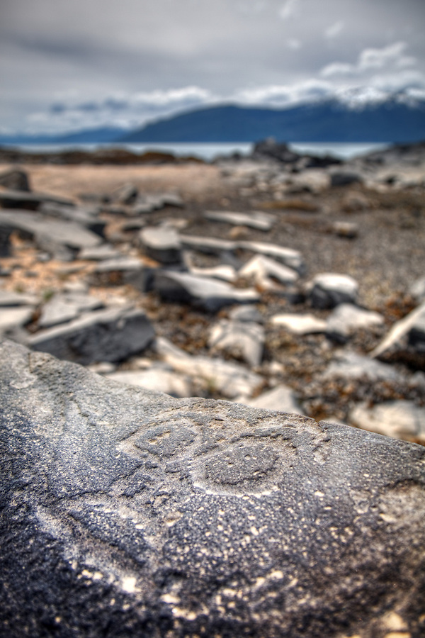Petroglyph rock art at Petroglyph Beach State Historic Park, Wrangell, Alaska