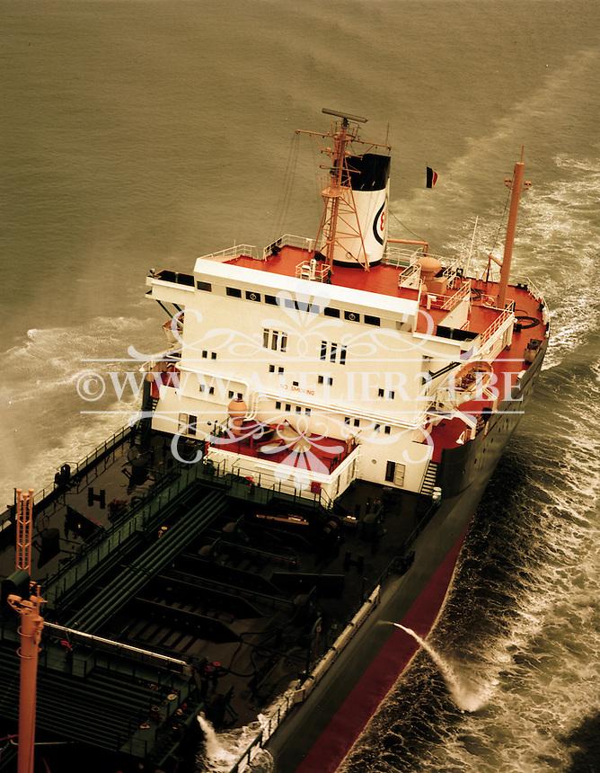 Juni 1972. Tanker Esso Nassau.