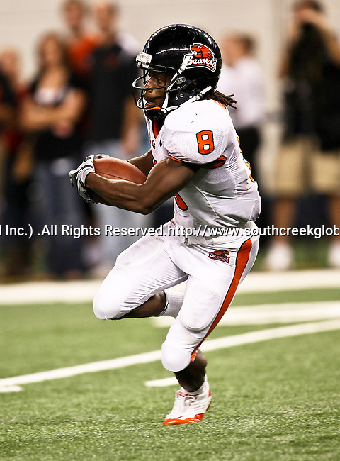 Oregon State Beavers wide receiver James Rodgers #8 in action during the game between the Oregon State Beavers and the TCU Horned Frogs at the Cowboy Stadium in Arlington,Texas. TCU defeated Oregon State 30-21.