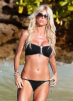 Victoria Silvstedt shows up her sexy bikini body in Saint Barths