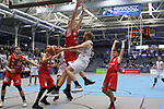Wolfenbuettels Luis Elias Figge (Nr.14)  verteidigt unterm Korb gegen Essens Joseph Thomas Hart (Nr.10)  beim Spiel in der Pro B, ETB Wohnbau Baskets Essen - MTV Herzoege Wolfenbuettel.<br /> <br /> Foto &copy; PIX-Sportfotos *** Foto ist honorarpflichtig! *** Auf Anfrage in hoeherer Qualitaet/Aufloesung. Belegexemplar erbeten. Veroeffentlichung ausschliesslich fuer journalistisch-publizistische Zwecke. For editorial use only.