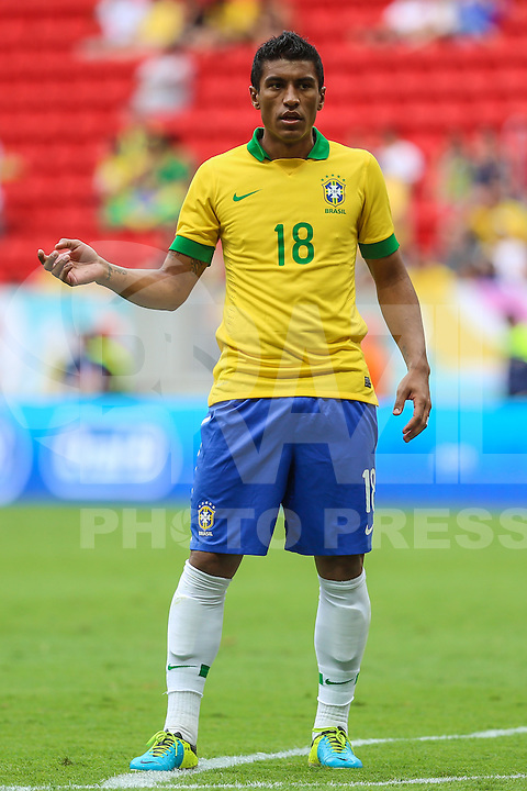 BRASILIA, BRAZIL - SEPTEMBER 07: Paulinho  during a FIFA Friendly match between Brazil and Australia at Mane Garrincha Stadium on September 07, 2013 in Brasilia, Brazil. (Photo by William Volcov/LatinContent/Getty Images)
