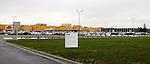 20080201 - France - Aquitaine - Bordeaux<br /> LE SITE DE L'USINE FORD MENACE DE FERMETURE, DANS LA ZI DE BLANQUEFORT, A COTE DE BORDEAUX.<br /> Ref : FORD_009.jpg - © Philippe Noisette.