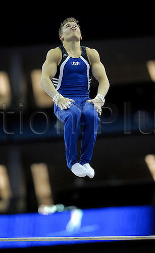 13.10.2009.World Gymnastics Champion ships at the O2 Arena London. Mens Qualifying Competition.Jonathan Horton of the USA in action. Photo: Alan Edwards/Actionplus. ..