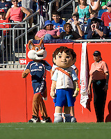 "Meeting of the mascots, New England Revolution Slyde and Diego from the Nick Jr. show, ""Go, Diego, Go"". DC United defeated the New England Revolution, 3-0, at Gillette Stadium on August 5, 2007."
