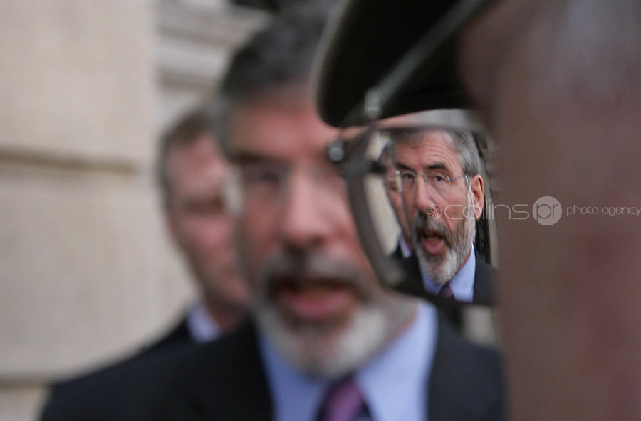 09/09/2009.Sinn  Féin  President  Gerry  Adams,  .during a media briefing where they publicly called  for the Governemnt to announce a general election due to the downturn in the economic situation .at Leinster house, Dublin..Photo: Gareth Chaney Collins