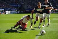 Fussball Bundesliga Saison 2011/2012 2. Spieltag Hamburger SV - Hertha BSC Berlin V.l.: Goekhan TOERE (HSV), Maik FRANZ (Hertha BSC), Tunay TORUN (Hertha BSC).