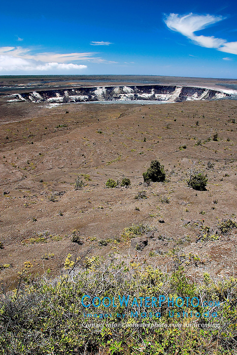 Halema`uma`u Crater, Kilauea Caldera, Hawaii Volcanoes National Park, Big Island, Hawaii