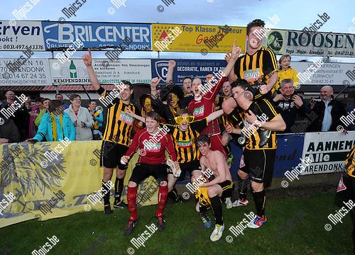 2013-04-17 / Voetbal / seizoen 2012-2013 / Zwarte Leeuw kampioen in eerste provinciale..Foto: Mpics.be