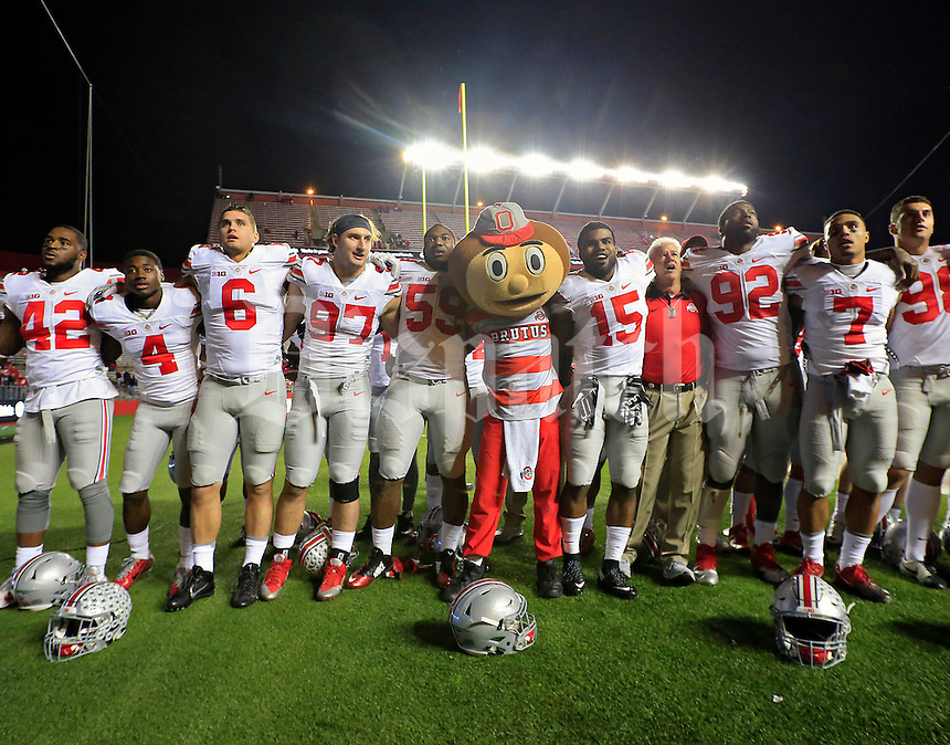 Ohio State Buckeyes sing Carmen Ohio after beating Rutgers Scarlet Knights 49-7  at High Point Solutions Stadium on October 24, 2015.  (Dispatch photo by Kyle Robertson)
