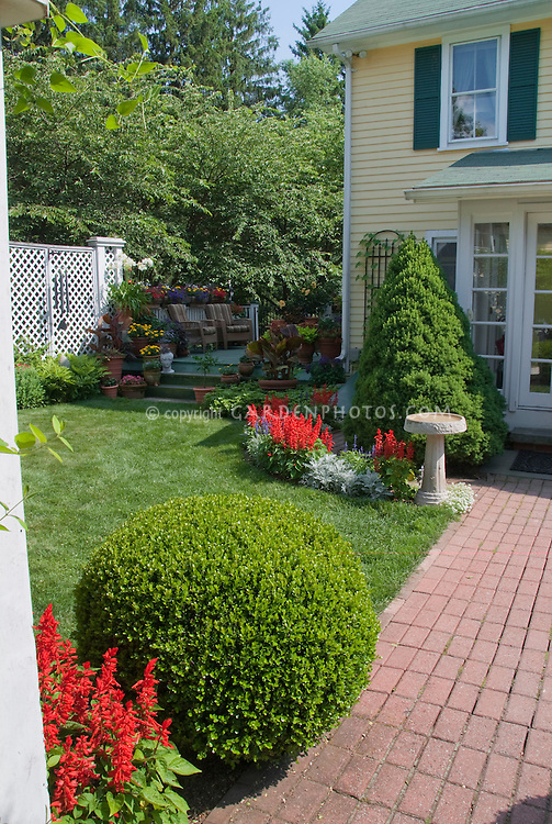 Curb Appeal Using Evergreens And Annual Plants Plant