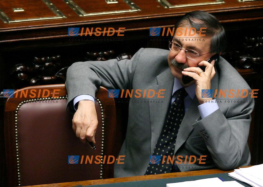 Roma, 23-05- 2006 Camera:Voto per la fiducia al governo Prodi<br /> Nella foto il ministro della Ricerca e Universita' Fabio Mussi<br /> Photo Serena Cremaschi Insidefoto