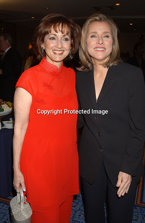 .ROBIN STRASSER & MEREDITH VIEIRA  .AT THE .UNITED CEREBRAL PALSYY48TH ANNUAL AWARDS DINNER.ON APRIL 23,2003 AT THE MARRIOTT MARQUIS..PHOTO BY ROBIN PLATZER,TWIN IMAGES