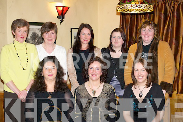 Julie O'Sullivan Beaufort celebrates her 40th birthday with her friends in the Beaufort bar on Friday night front row l-r: Marina Burke, Julie O'Sullivan, Leona Twiss. Back row: Elsie Stephens, Denise Shaungnessy, Orla O'Gorman, Una Costello and Sheila Costello   Copyright Kerry's Eye 2008