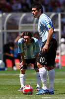 Lionel Messi (L) and Juan Riquelme of Argentina during the Olympic Games final. Argentina beats Nigeria 1-0 and won the gold medal <br /> National Indoor - Bird Nest - Football - Calcio<br /> Pechino - Beijing 23/8/2008 Olimpiadi 2008 Olympic Games<br /> Foto Andrea Staccioli Insidefoto