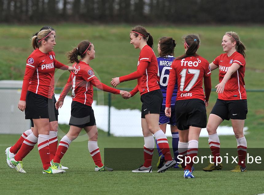 RSC Anderlecht Dames - PSV / FC Eindhoven : Jeslynn Kuijpers scoort de 0-1 en viert dit met ploegmaats.foto David Catry / Vrouwenteam.be