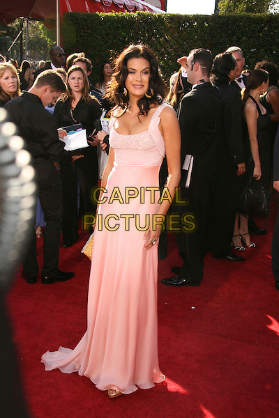 TERI HATCHER.59th Annual Primetime Emmy Awards held at the Shrine Auditorium, Los Angeles, California, USA,.16 September 2007..full length long pink dress.CAP/ADM/RE.©Russ Elliot/AdMedia/Capital Pictures.