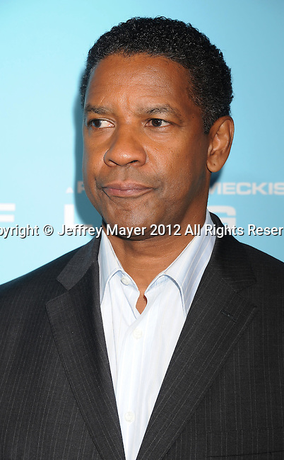 HOLLYWOOD, CA - OCTOBER 23: Denzel Washington arrives at the 'Flight' - Los Angeles Premiere at ArcLight Cinemas on October 23, 2012 in Hollywood, California.