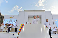 CARTAGENA- COLOMBIA -26-09-2016: Juan Manuel Santos, Presidente de Colombia, durante la firma del acuerdo de Paz entre el gobierno de Colombia y la guerrilla de izquierda de las Fuerzas Armadas Revolucionarias de Colombia Ejercito del Pueblo (FARC EP) / Juan Manuel Santos, President of Colombia, during the signing of the peace agreement between the government of Colombia and leftist guerrillas of the Revolutionary Armed Forces of Colombia People's Army (FARC EP) Photo: VizzorImage / Efrain Herrera / SIG / Cont.