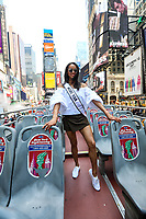 NEW YORK, EUA, 13.06.2017 - MISS-USA- Kára McCullough Miss Estados Unidos durante passeio de ônibus por pontos turísticos de Manhattan na cidade de New York nos Estados Unidos nesta terça-feira, 13. (Foto: Vanessa Carvalho/Brazil Photo Press)