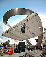 A- Baton Rouge Town Square- Attractions & Live After 5 Concert, Baton Rouge LA 10 13