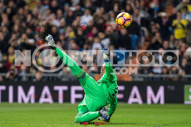 Keylor Navas of Real Madrid  during the match of Spanish La Liga between Real Madrid and UD Las Palmas at  Santiago Bernabeu Stadium in Madrid, Spain. March 01, 2017. (ALTERPHOTOS / Rodrigo Jimenez) /NORTEPHOTOmex