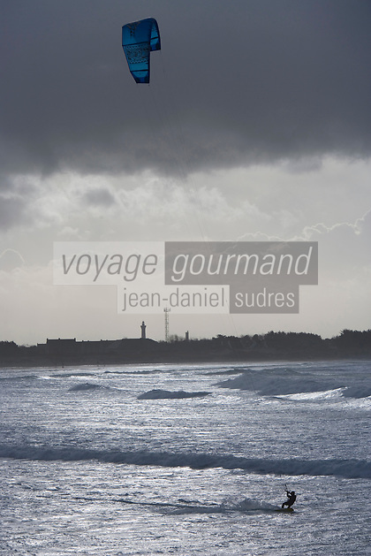 Europe/France/Bretagne/29/Finistère/Saint-Guênolé:Pointe de la Torche Kitesurf