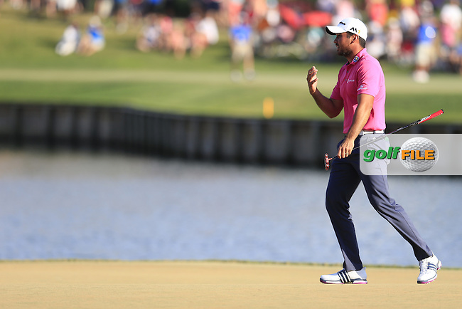 Jason day (AUS) on the 17th green during the final round of the Players, TPC Sawgrass, Championship Way, Ponte Vedra Beach, FL 32082, USA. 15/05/2016.<br /> Picture: Golffile | Fran Caffrey<br /> <br /> <br /> All photo usage must carry mandatory copyright credit (&copy; Golffile | Fran Caffrey)