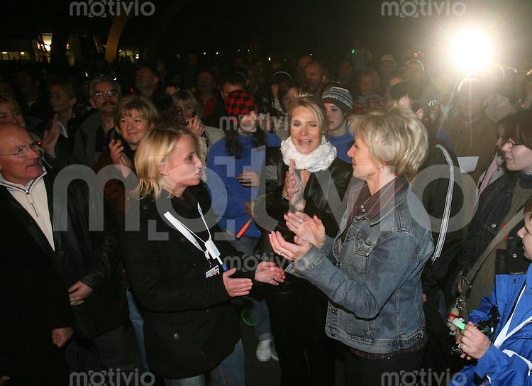 Erfurt , 031106 , Eisschnelllaufen Deutsche Meisterschaften  Verabschiedung Monique Garbrecht Enfeldt , Gunda Niemann Stirnemann und Sabine Voelker