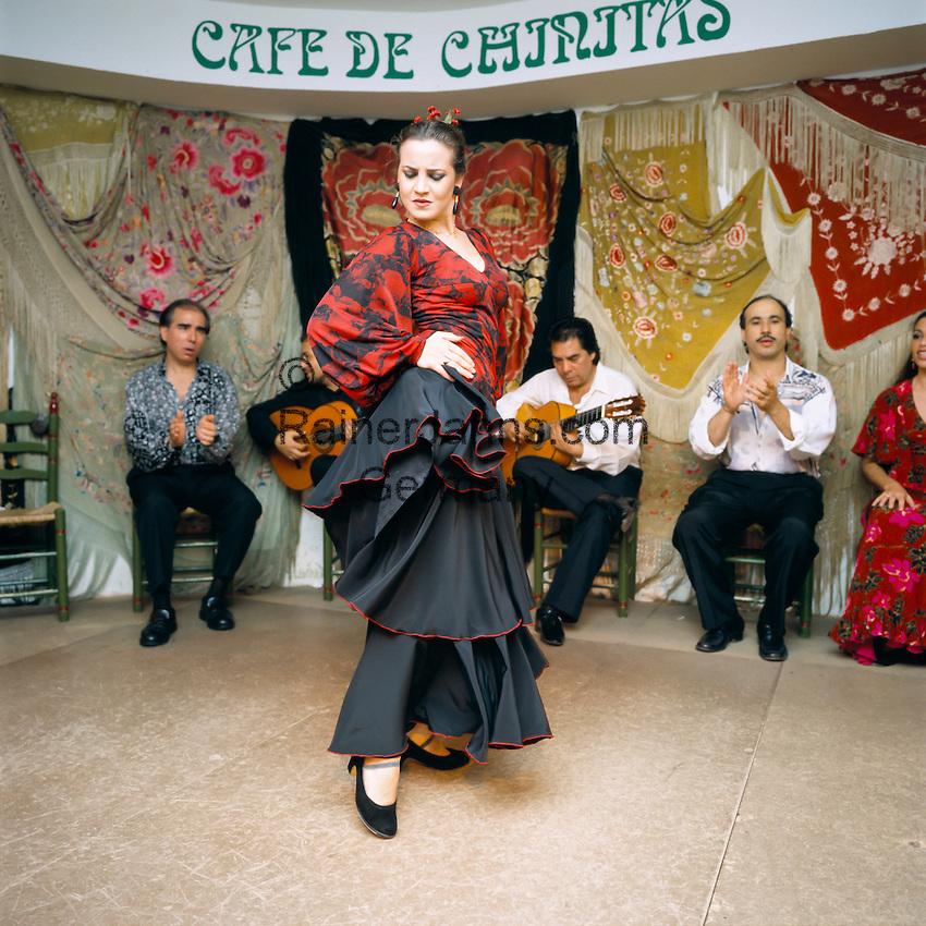 Spain, Madrid: Flamenco dancer   Spanien, Madrid: Flamenco Taenzer