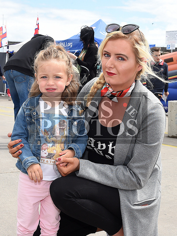 Chloe and Mia Thornton at the Drogheda Maratime Festival. Photo:Colin Bell/pressphotos.ie