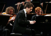 PICTURE BY VAUGHN RIDLEY/SWPIX.COM - Leeds International Piano Competition 2012 - Leeds Town Hall, Leeds, England - 15/09/12 - Andrew Tyson of USA.