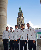 11-sept.-2013,Netherlands, Groningen,  Martini Plaza, Tennis, DavisCup Netherlands-Austria, Draw,   Dutch team with Martini Tower in the background,Ltr:Thiemo de Bakker, Jean-Julien Rojer,Robin Haase, Jesse Huta Galung and captain Jan Siemerink<br /> Photo: Henk Koster