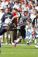 10/24/10 San Diego, CA: New England Patriots running back Danny Woodhead #39 during an NFL game played at Qualcomm Stadium between the San Diego Chargers and the New England Patriots. The Patriots defeated the Chargers 23-20.