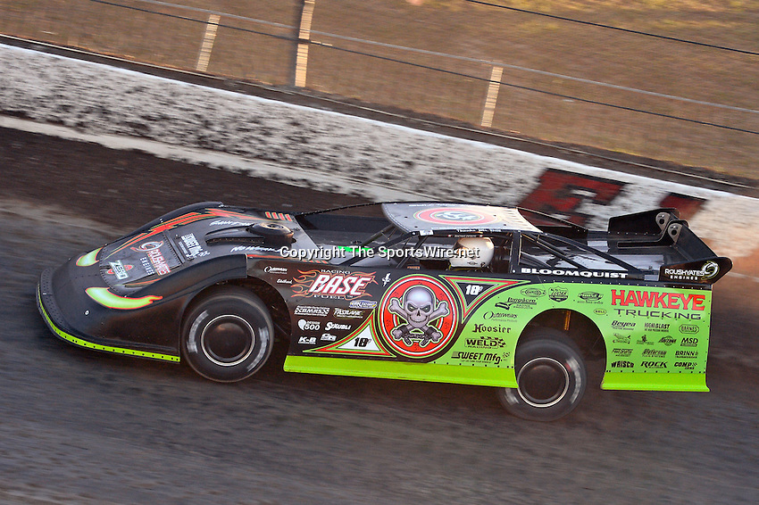 Sep 5, 2013; 6:59:43 PM; Rossburg, OH., USA; The 43rd annual World 100 $46,000-to-win UMP DIRTcar-sanctioned event at the half-mile Eldora Speedway.  Mandatory Credit: (thesportswire.net)