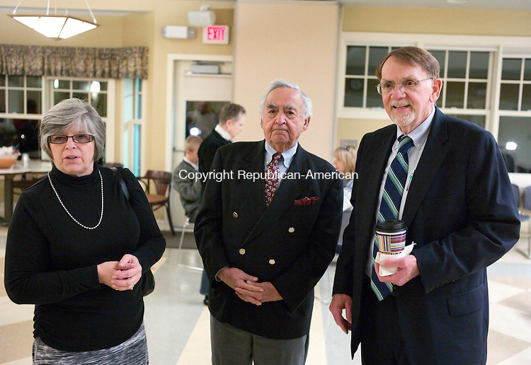 Woodbury, CT- 06 December 2015-120615CM17- From left, Woodbury town clerk, Linda Carlson, town moderator, Lou DeLuca and Woodbury First Selectman, Bill Butterly chat during a swearing in ceremony at the Woodbury Senior Center on Sunday.  27 town officials were sworn in ahead of the first meeting of the new Board of Selectmen, which will be held on Monday.   Christopher Massa Republican-American
