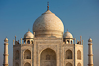 The Taj Mahal mausoleum southern view detail, Uttar Pradesh, India