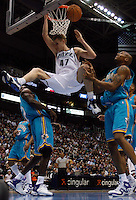 Andrei Kirilenko dunk. Utah Jazz vs. New Orleans/Oklahoma City Hornets NBA Basketball.