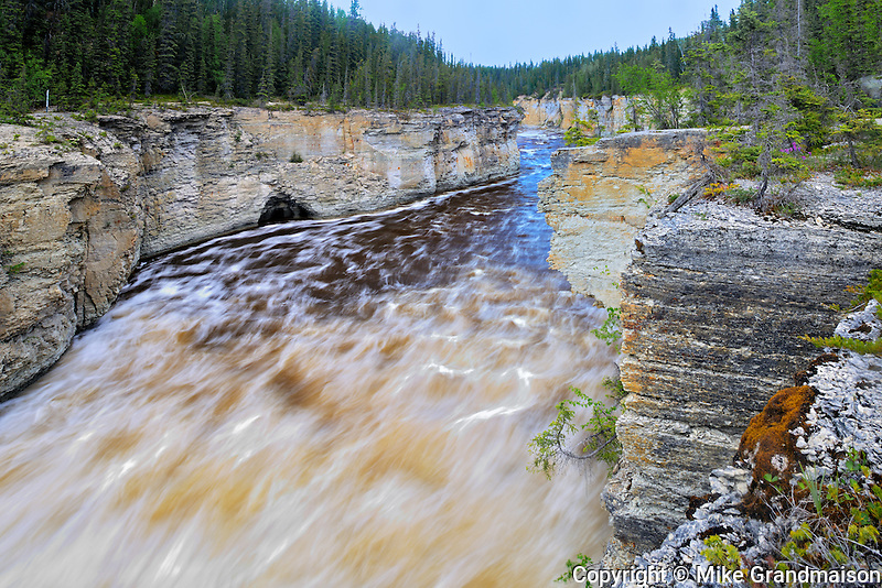 Trout River at Samdaa Deh Falls on the Waterfalls Route (Highway)  (Mackenzie Highway)<br /> <br /> Northwest Territories<br /> Canada